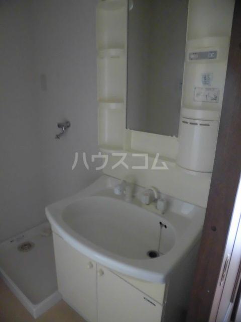 シアトル 505号室の洗面所