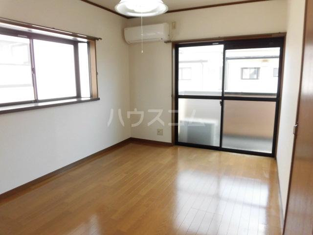 ボナール薗ヶ谷Ⅱ 201号室のリビング