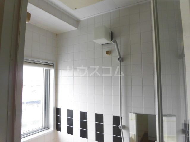 スマイルパークトダビル レジデンス 505号室の風呂