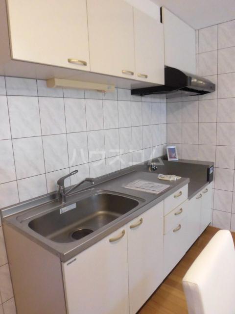 PREN DRE 102号室のキッチン