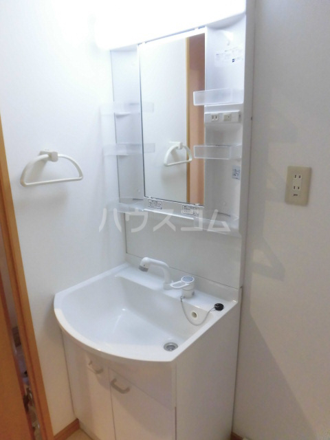 PREN DRE 102号室の洗面所