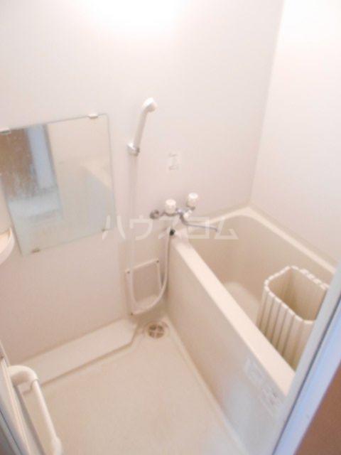 カーサ・フジ 202号室の風呂