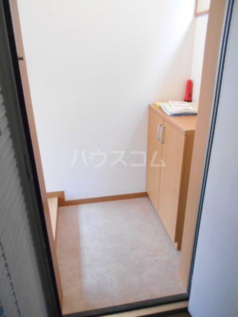 カーサ・フジ 202号室の玄関
