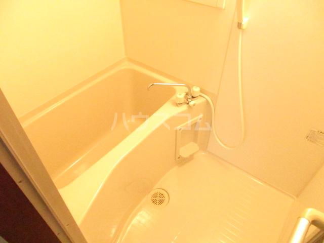 第2立花荘 102号室の風呂