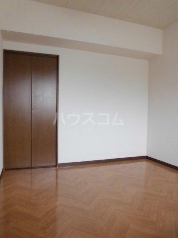 レジデンス・ラ・セーヌ 202号室のベッドルーム