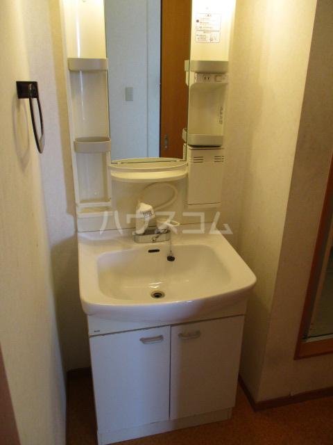 ジェミニパレス EAST 201号室の洗面所