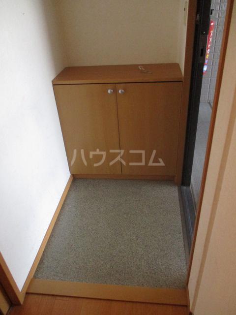 ジェミニパレス EAST 201号室の玄関