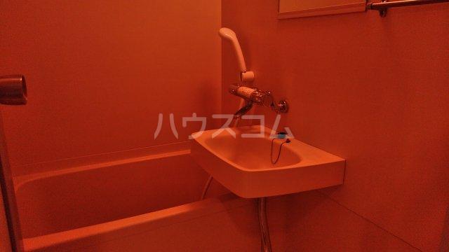 レジデンスカープ小山 308号室の風呂