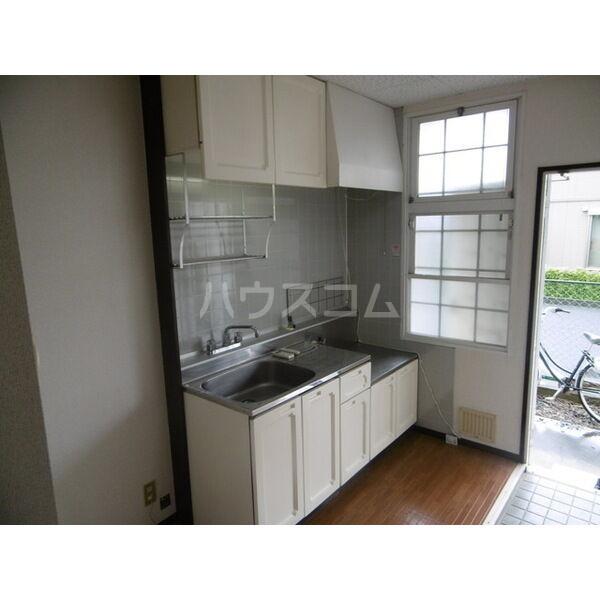 メゾンキャロット 202号室のキッチン