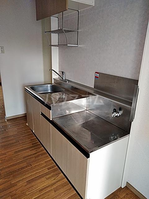 リリックハイツ駅南 203号室のキッチン