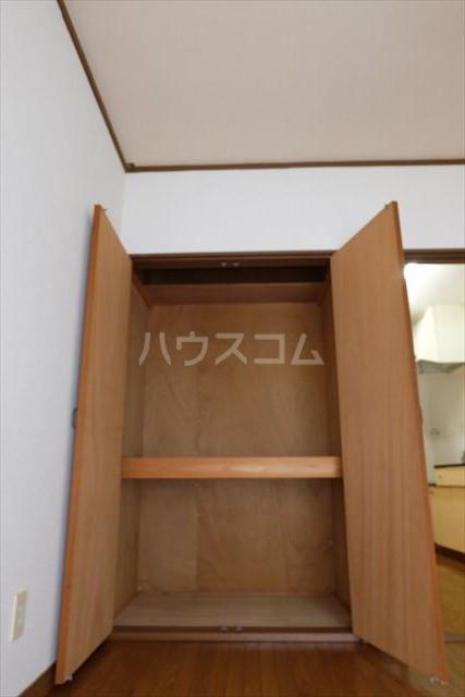 本郷ハイツ A 107号室の収納