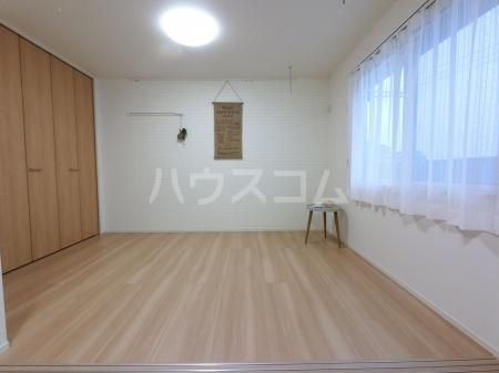 ジュピター A 203号室の居室