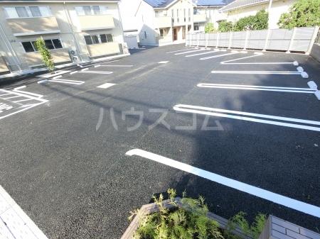 ジュピター A 203号室の駐車場