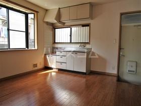 カルムイマイズミ 101号室のキッチン
