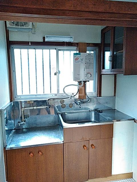 高木ハイツA 103号室のキッチン