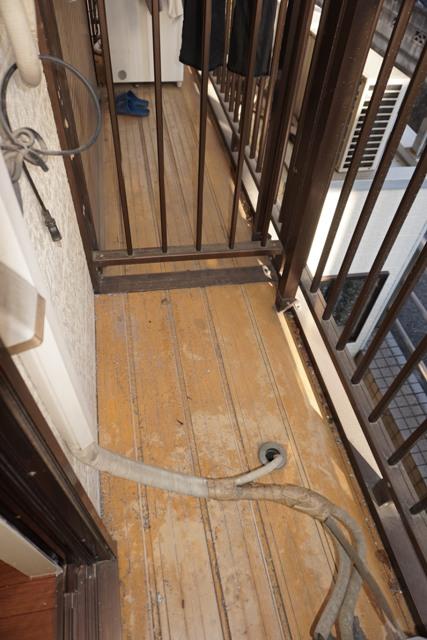 第16紀州ハイツ 107号室のバルコニー