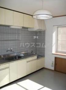 スカイハイツⅡ 101号室のキッチン