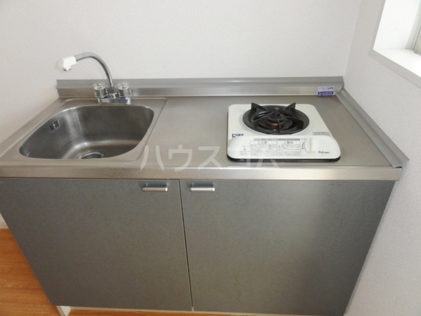 エミーハイツ 202号室のキッチン