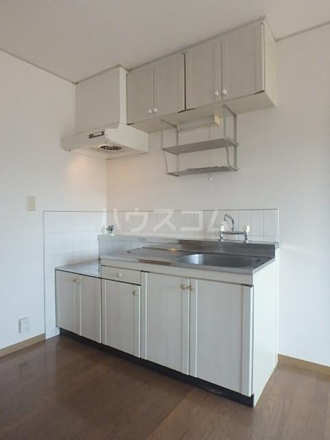 フローレンス志免 203号室のキッチン