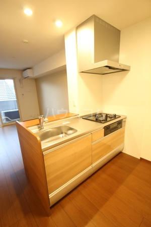 グラシュージャルダン 203号室のキッチン