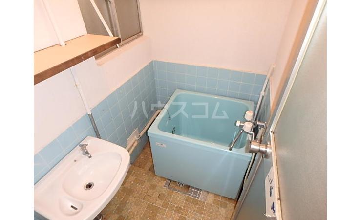 満荘 101号室の風呂