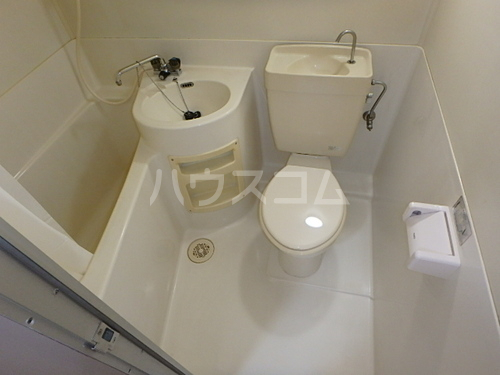 ライオンズステーションプラザ博多 507号室のトイレ