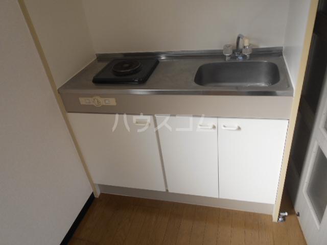 PLEAST美野島 403号室のキッチン