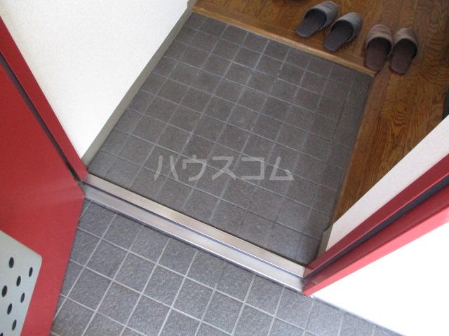 メゾン・ド・アリエ 1003号室の玄関