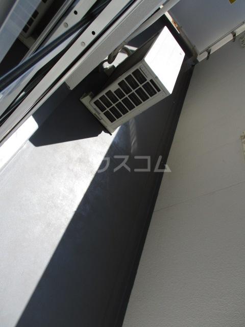 メゾン・ド・アリエ 1003号室のバルコニー