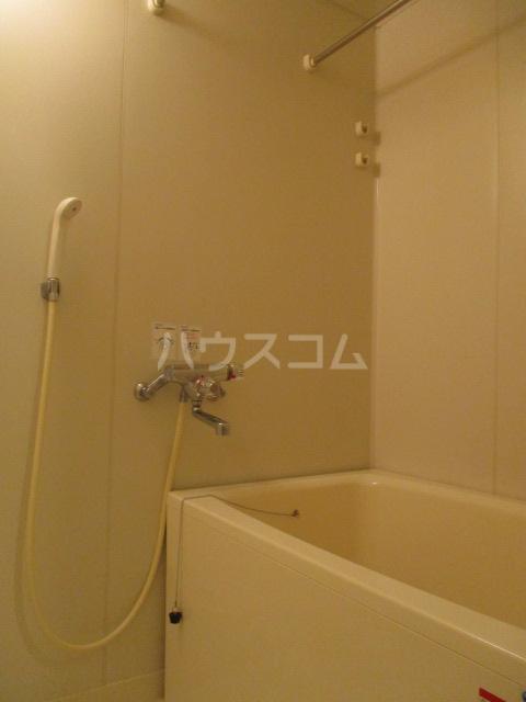 メゾン・ド・アリエ 1003号室の風呂