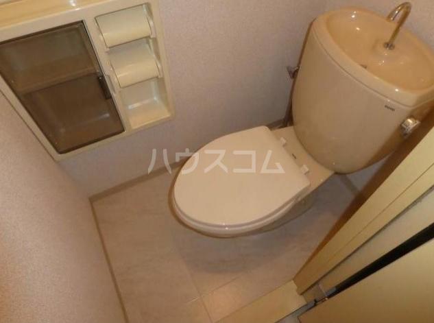 グランメールA棟 101号室のトイレ