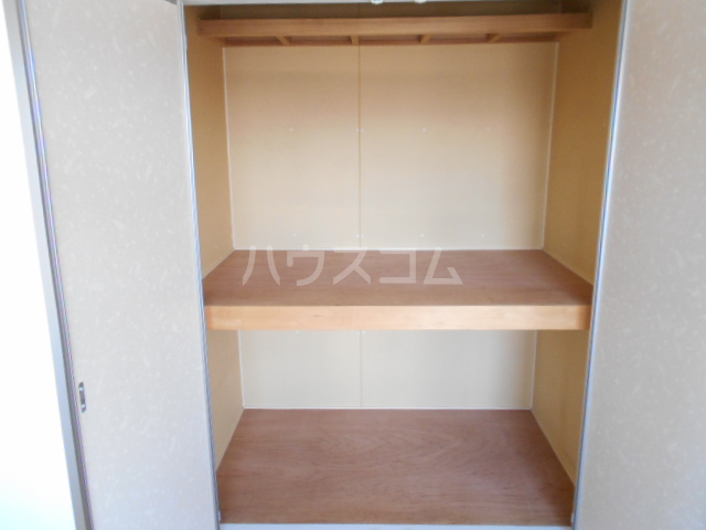 パルA  202号室の収納