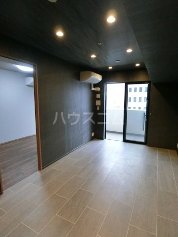 MJR赤坂タワー 708号室のリビング