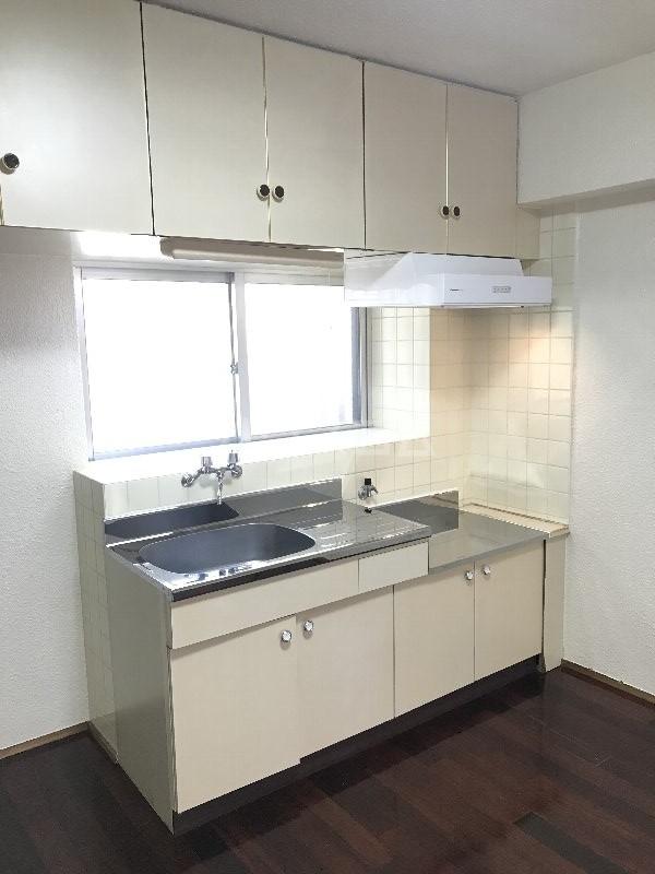 寿荘 101号室のキッチン