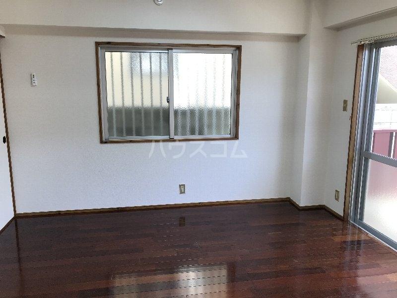 寿荘 101号室のベッドルーム
