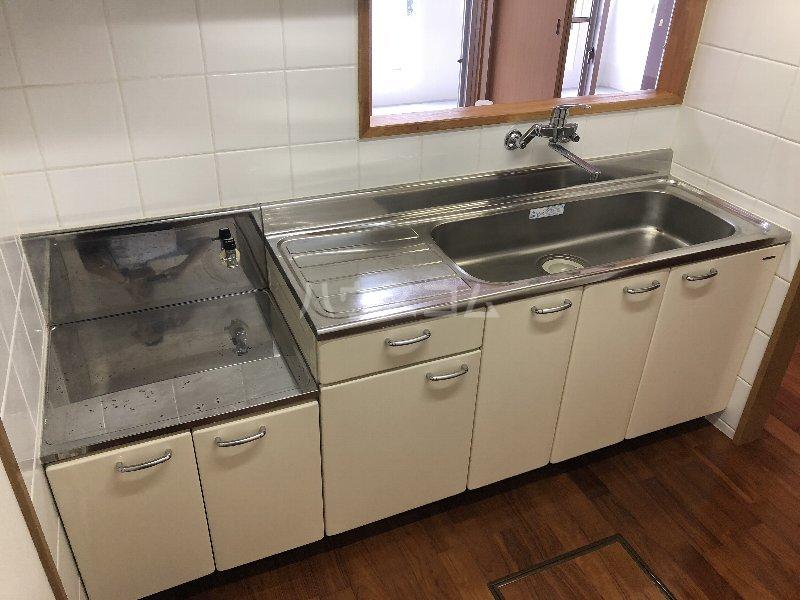 シャングリラ風 207号室のキッチン