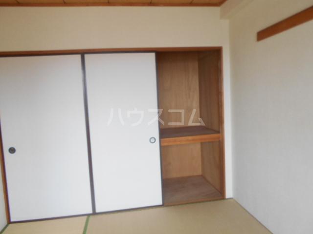 ルミネ伊藤 302号室の収納