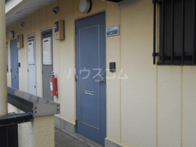 ルミネ伊藤 302号室の玄関