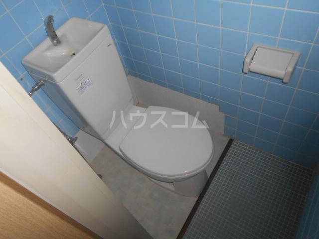 ニューサンシャインホリコシ 303号室のトイレ