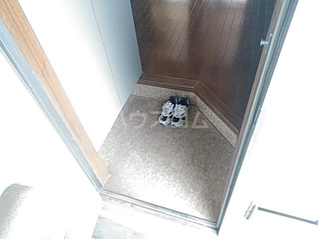 サクラハイツ 103号室の玄関