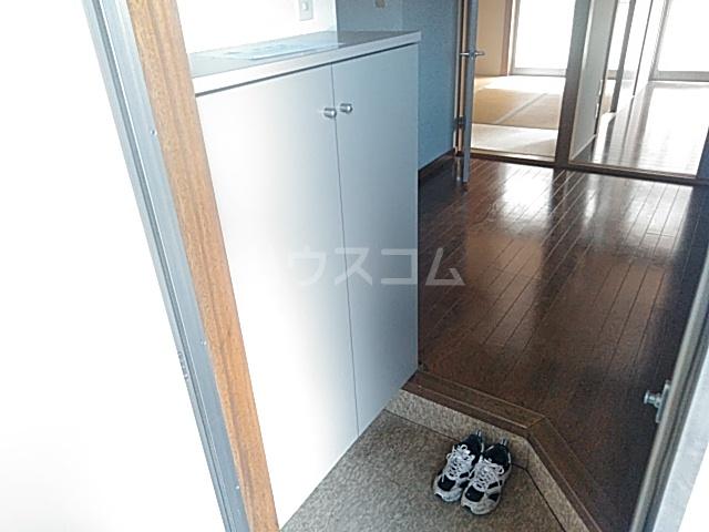 サクラハイツ 103号室のエントランス