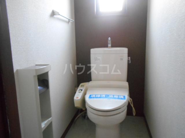 ロワール D棟 101号室のトイレ