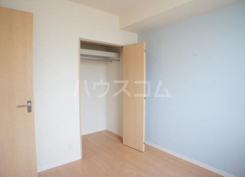 パインヴィラ 102号室のベッドルーム
