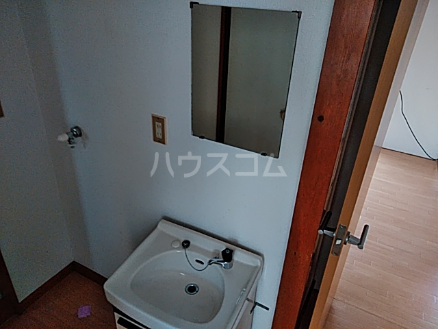 津久井ミネルバ館 201号室の洗面所