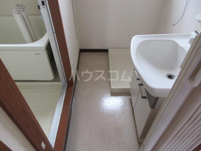 備前堀フラット 105号室の洗面所