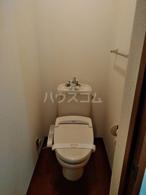 リジェール東山崎 A棟 202号室のトイレ
