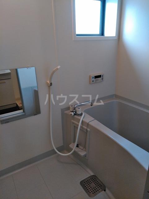 リジェール東山崎 A棟 202号室の風呂