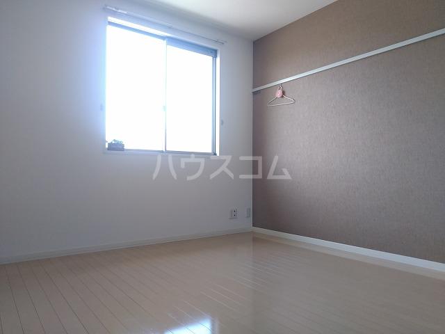 プランドール A棟 A202号室のベッドルーム