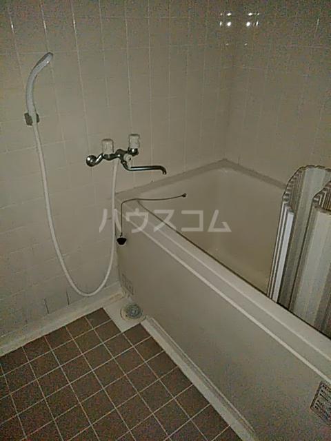 第2藤ハイツ 202号室の風呂