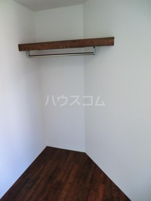 カラスヤマテラスEW 06号室の収納